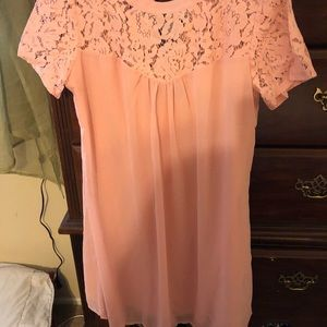 Tops - Gorgeous tunic. New with tags